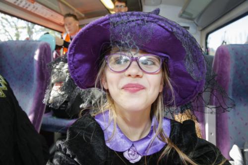 Spooky Train iq-0002