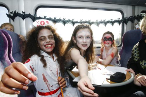 Spooky Train iq-0028