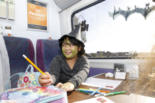 Spooky Train iq-0049