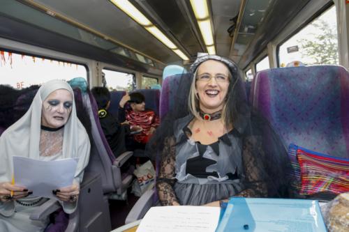 Spooky Train iq-0083