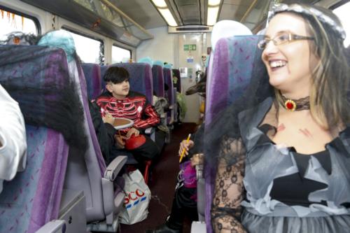 Spooky Train iq-0086
