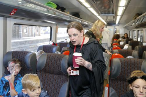 Spooky Train iq-0601