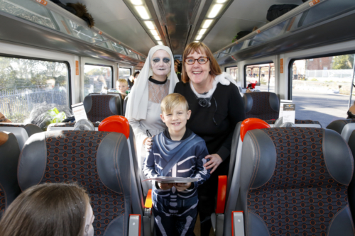 Spooky Train iq-0651