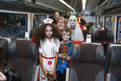 Spooky Train iq-0658