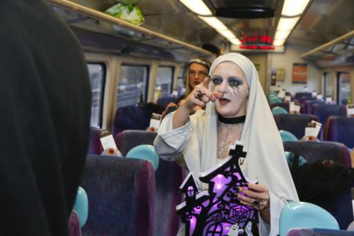 Spooky Train iq-9676