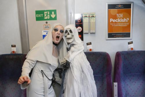 Spooky Train iq-9714