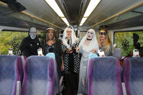 Spooky Train iq-9790