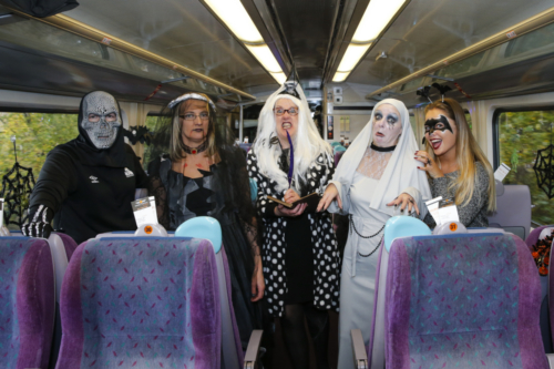 Spooky Train iq-9793