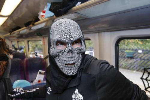 Spooky Train iq-9795