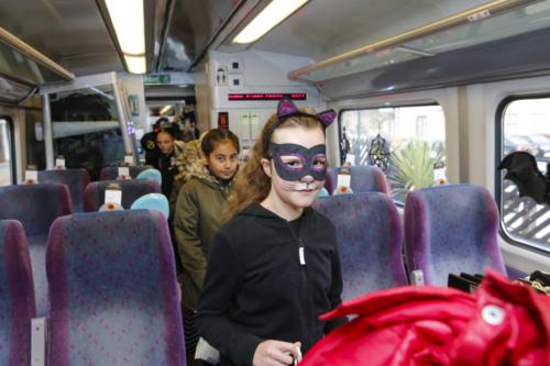 Spooky Train iq-9811