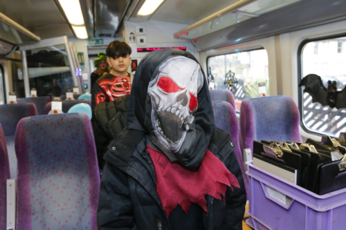 Spooky Train iq-9821
