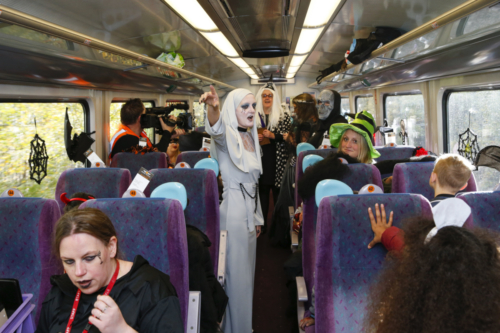 Spooky Train iq-9862