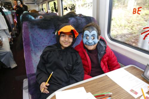 Spooky Train iq-9892