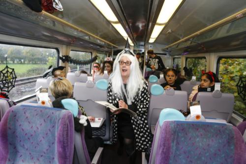 Spooky Train iq-9930