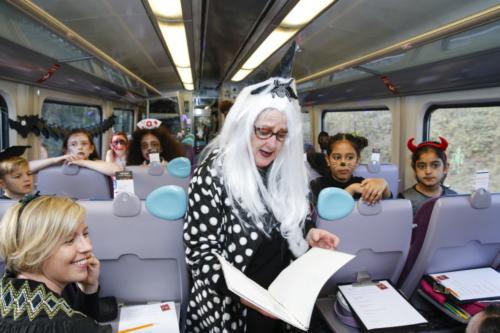 Spooky Train iq-9953