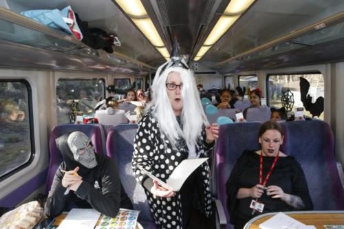 Spooky Train iq-9957
