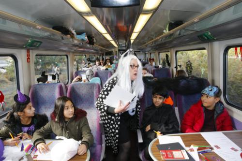 Spooky Train iq-9961
