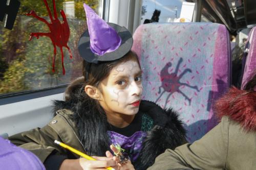 Spooky Train iq-9972