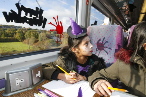 Spooky Train iq-9974
