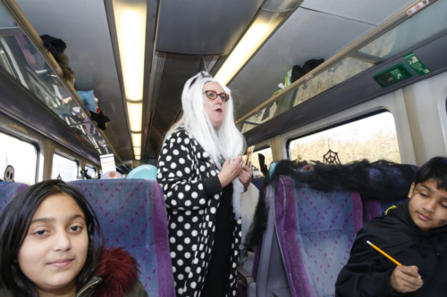 Spooky Train iq-9985